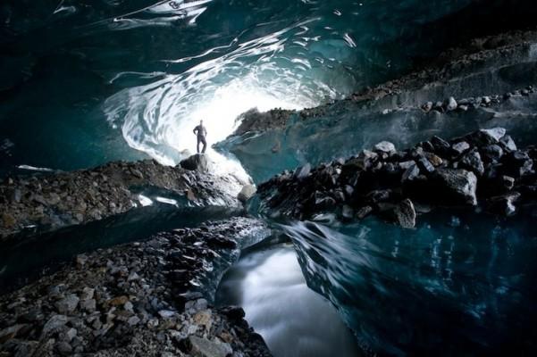 glaciercave.jpg